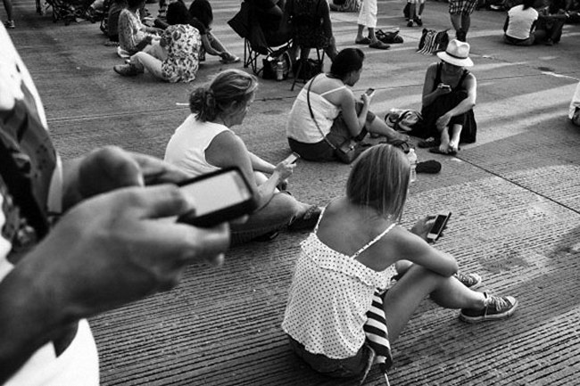essay using cellphone in public places · i need to write a persuasive essay on the above essay help: why should cell phones be cell phones are banned in public places to keep the.