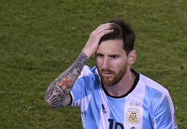 The Sight Of Lionel Messi Crying After Losing The Copa ...