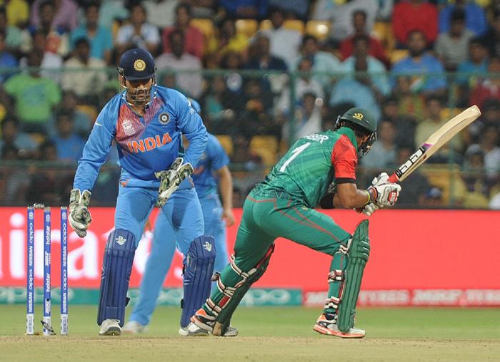 Dhoni stumps Sabbir