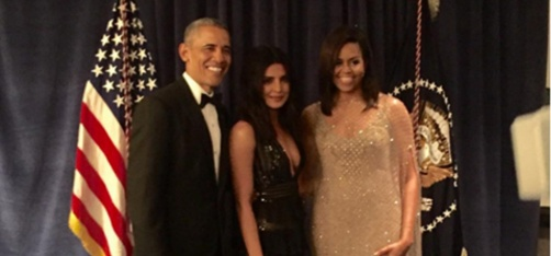 http://www.indiatimes.com/entertainment/celebs/taking-out-time-from-her-busy-schedule-priyanka-chopra-dines-with-obamas-at-the-white-house-254329.html