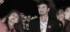 Pakistan's Popular Chaiwala Makes His Music Video Debut, Steals The Thunder From The Singers!