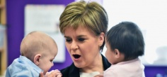 This Is A Happy News: Every Newborn In Scotland Will Get A Free Goody Box Full Of Baby Products From 2017