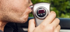 Caugth For Drunk Driving, Kolkata Man Flees With Breathalyzer In Lips, But Still Gets Caught