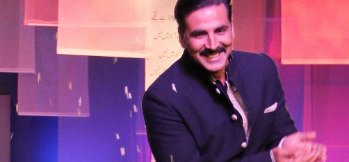Akshay Kumar Helps Out An Old Friend, Extends Financial Support For His Kidney Transplant