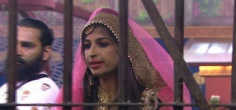 Right After Eviction From Bigg Boss 10, Priyanka Jagga Posted On FB About Peeing On National TV & More