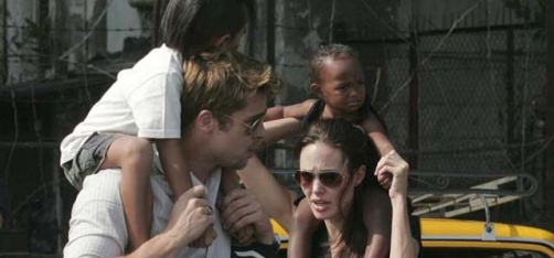 http://www.indiatimes.com/entertainment/hollywood/police-clarify-that-brad-pitt-is-not-being-probed-for-alleged-child-abuse-262354.html