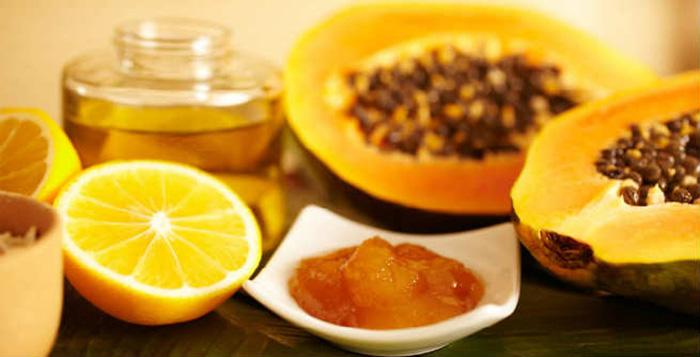 Papaya and honey pack