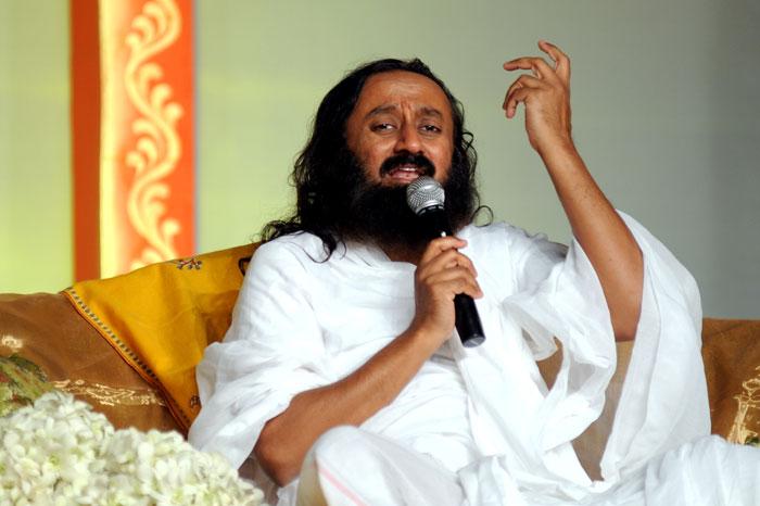 શ્રી શ્રી રવિશંકર નોર્થ ઇસ્ટ ભારતમાં કરશે ઉગ્રવાદીઓ સાથે સંવાદ