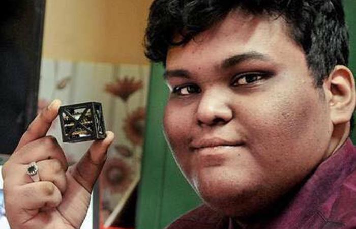 ભારતીય ટીનેજરની ટીમ દ્વારા બનાવવામાં આવેલો વિશ્વનો સૌથી ઓછા વજન વાળા સેટેલાઈટનું પ્રક્ષેપણ