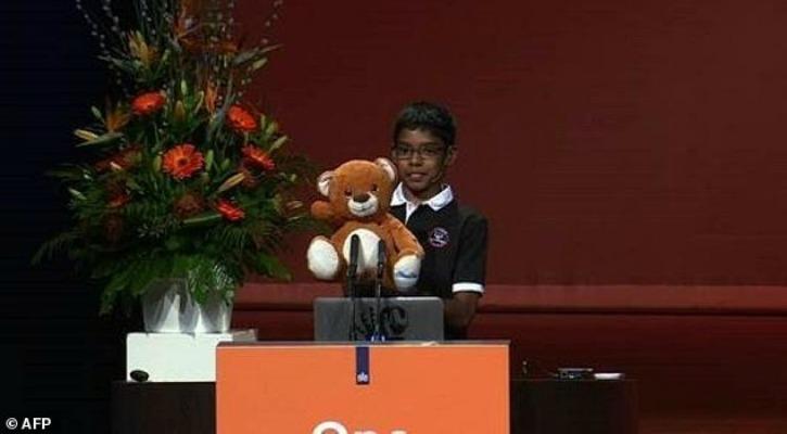 11-Yr-Old Boy origen indio aturde expertos en seguridad, hacks su equipo Bluetooth para controlar juguete