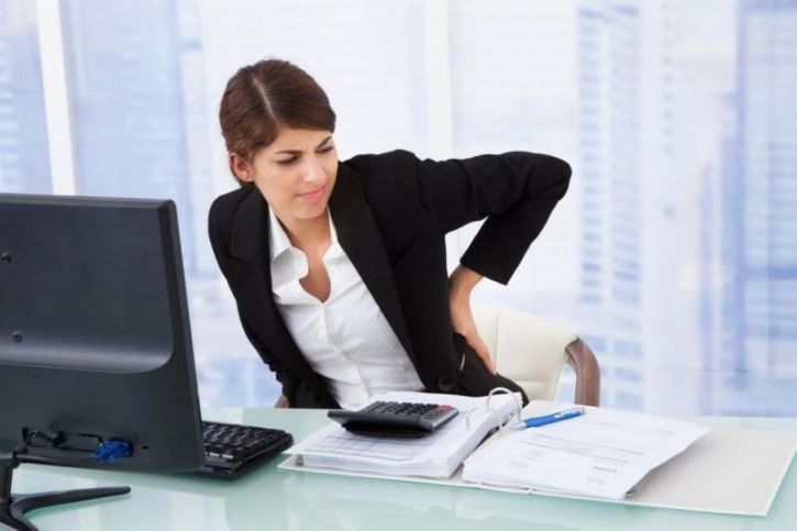 5 Simple Stretches That Can Fix The Pain, Damage And Stiffness Your Desk Job Is Causing You