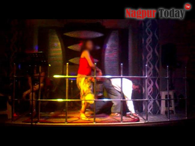 Real-life Mumbai Bar Dancers - Indiatimes.com