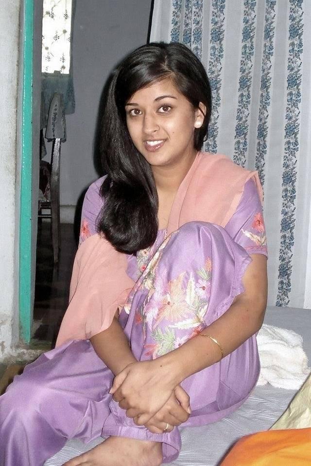 Indian Desi Girls Wallpaper