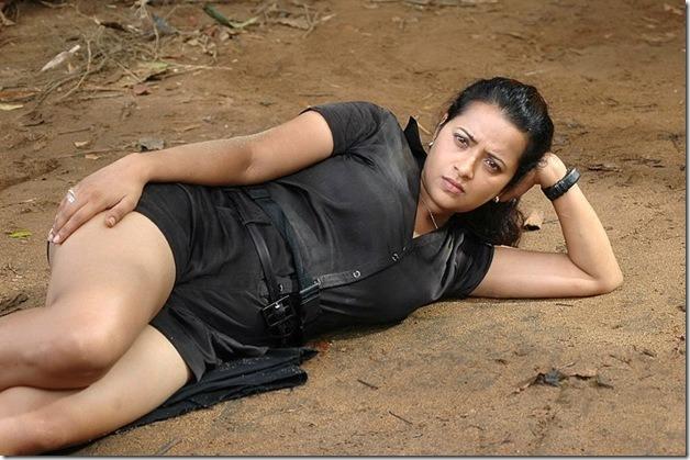 Reema Sen S Hottest Photos Across The Web Indiatimes Com