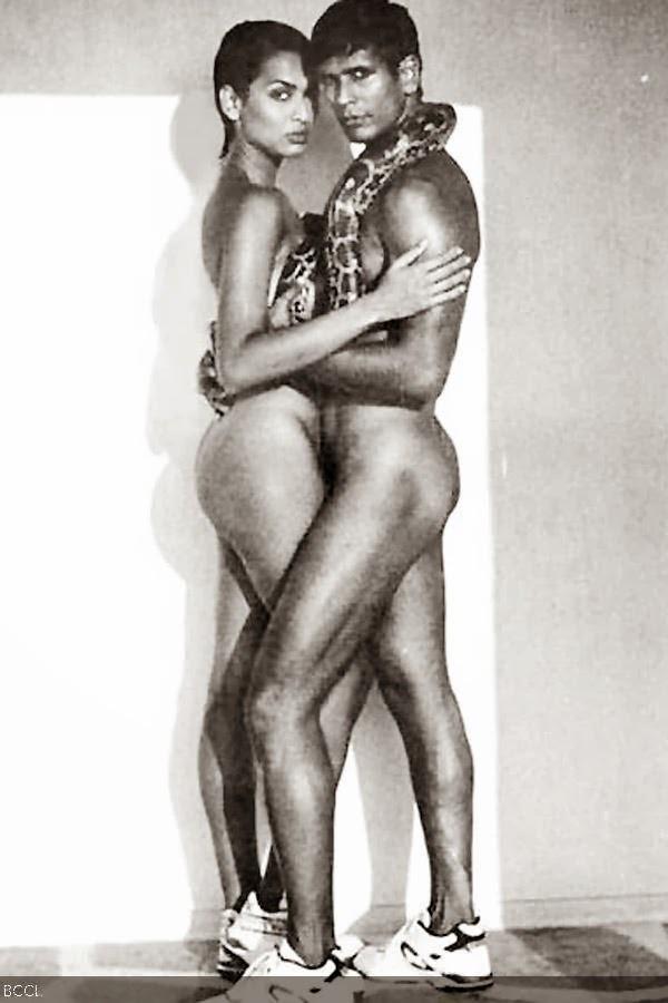 Nude Celebrities In Pose 95