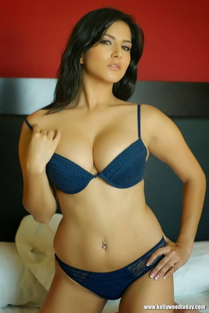 Hot bikini pic vid