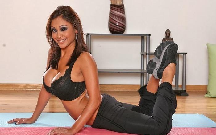 Busty Latina pornstar Priya Price taking jism on face after hardcore fuck  1508742