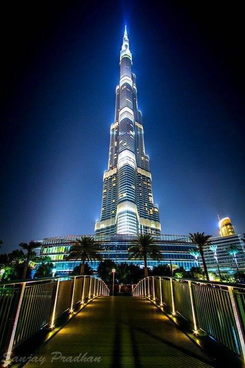 Most beautiful pictures of burj khalifa at dubai for Most beautiful hotel in dubai
