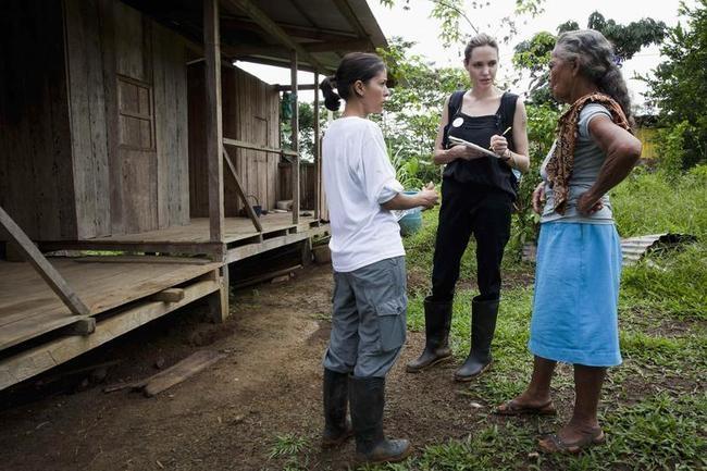Jolie meets Gerardina