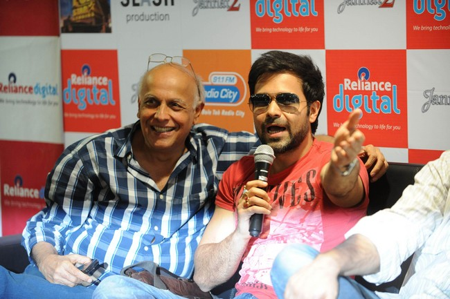 Mahesh Bhatt and Emraan Hashmi promote Jannat 2 in Ahmedabad.