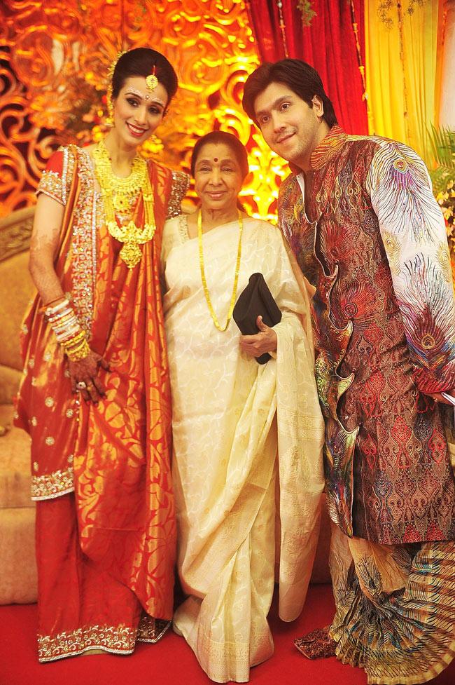 Asha Bhonsle with Bappa Lahiri and Taneesha