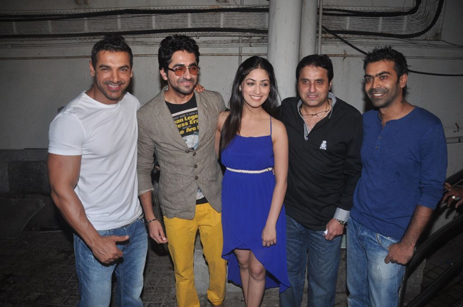 Vicky Donor team