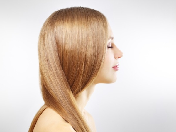 Coconut oil moisturizes hair