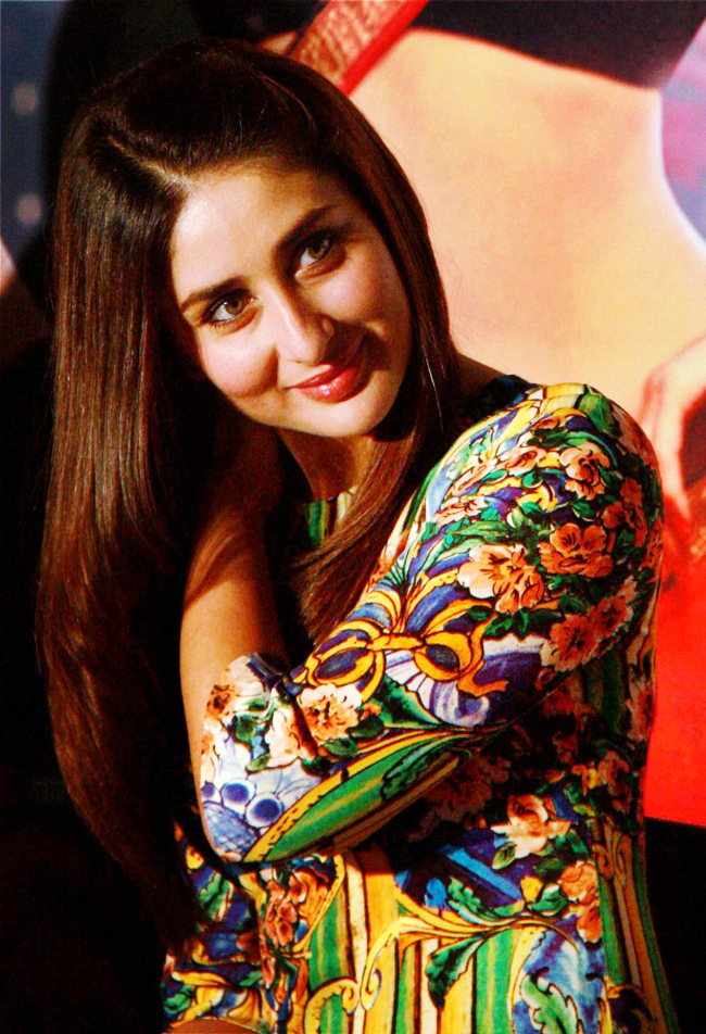 Kareena Kapoor promoting her film Heroine, in Gurgaon, on 28th August.