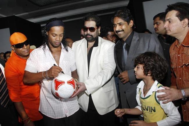 Ronaldinho in Pune