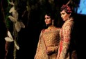 FASHION-INDIA-TAHILIANI