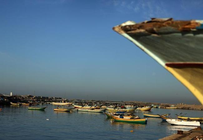 PALESTINIAN-ISRAEL-ECONOMY-FISHING