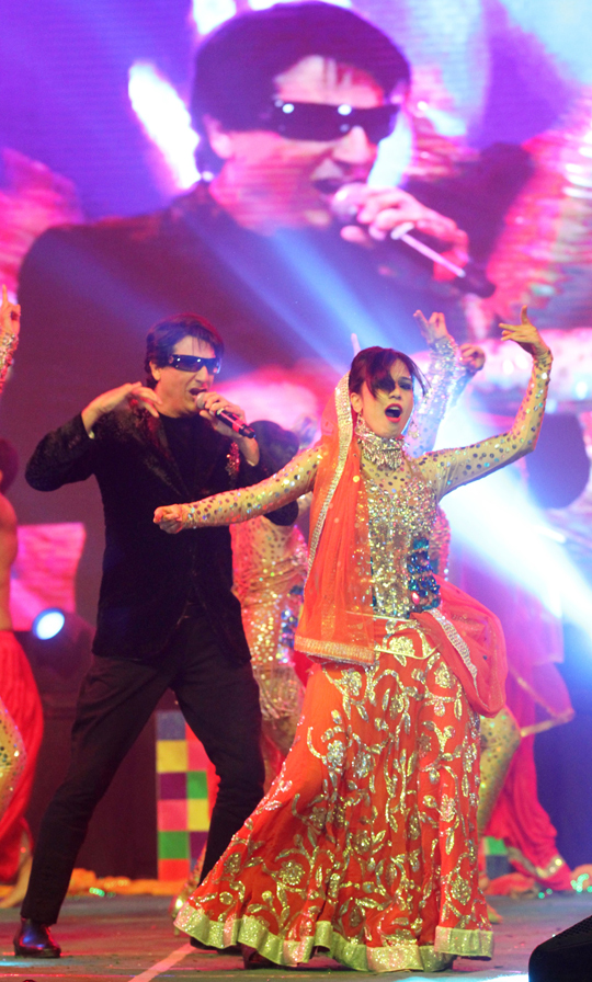 Shiamak Davar performs with his troop at the Saifai Mahotsav, on 18th December.