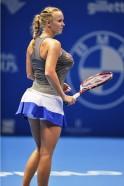 Caroline Wozniacki Mimics Busty Serena