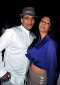 RAVI KISHAN AND KASHMIRA SHAH