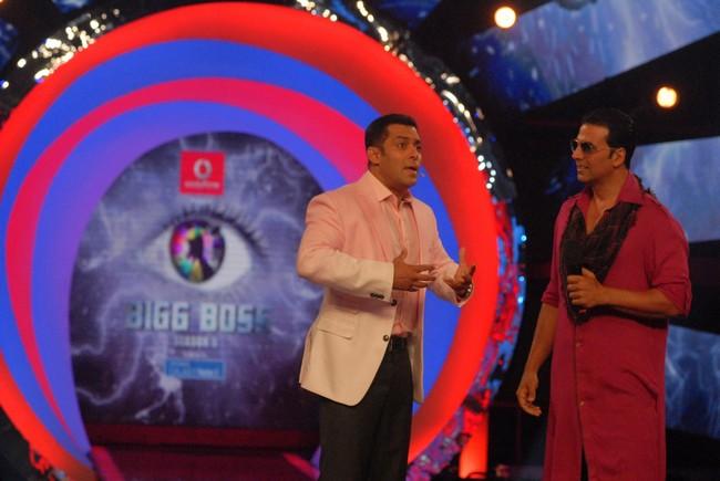 Akshay Kumar promoted his new film Khiladi 786 on Salman Khan's Bigg Boss