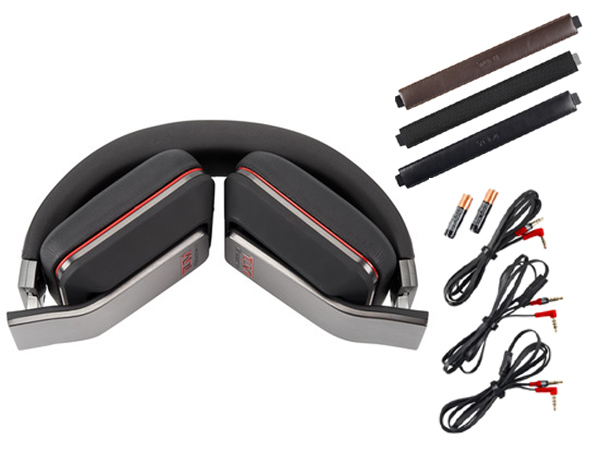 Tumi Monster Headphones: Sophisticated, comfortable and well-amped—the latest luxury traveller headphones by Tumi and Monster hit all the right notes.