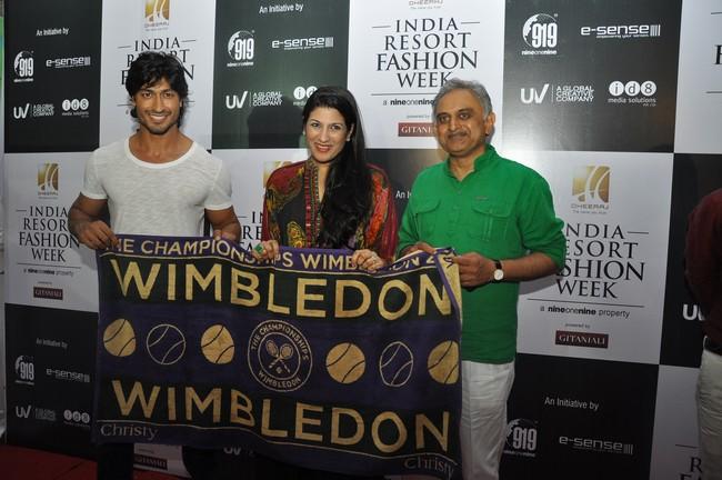 Vidyut Jamwal with Welspun Dipali Goenka