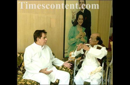 Dilip Kumar withPakistan's legendary gazal singer, Mehdi Hasan.