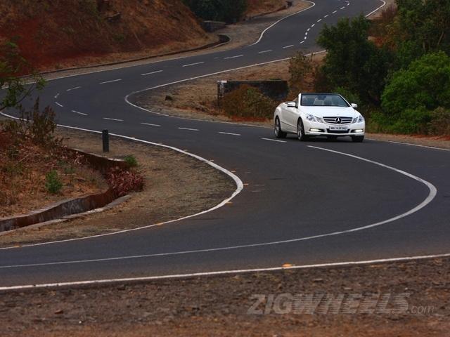 ZigWheels Best Car Photography of 2012 - Mercedes-Benz E-Class Cabriolet