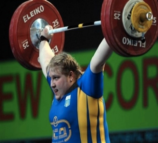 Olha KorobkaAs if this picture isn't enough to make you concede that this woman is not petite! Meet the only woman on this list who is quite literally capable of snapping you like a twig! At 25 years of age this Ukranian weightlifter is as intimidating as any muscle man we've ever seen! Every inch of her 5'11