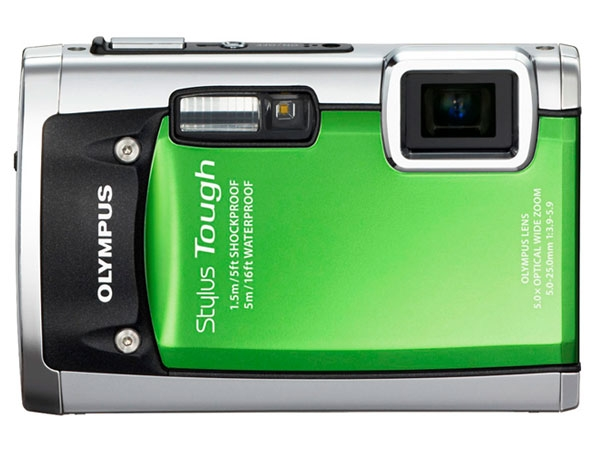 Olympus Stylus Tough 8010: This badass camera from Olympus sports a 14 megapixel lens with 5x zoon and a 2.7-inch LCD display, which can operate 33 feet deep under water. It is shock proof, crush proof and has been tested by dropping a 220 pound objects from more than 6.6 feet. In regards to its quality, it takes some beautiful images in extreme conditions and can also record videos at 720p resolution.