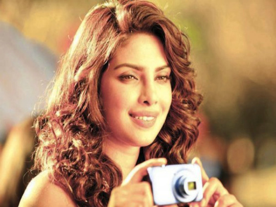 Priyanka Chopra: As if endorsing every other product under the sun wasn't enough, Chopra can now add Nikon cameras to her endorsement repertoire as well. She's been doing it since April 2011 and the advertisements are most definitely better than that seriously annoying 'chip-chip' BS. But then, we'd expect nothing less from photography maestros like Nikon. 