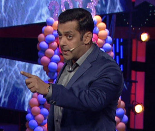 Salman Khan took everyone by surprise on Bigg Boss 6 when he fought with Imam in defence of Shah Rukh Khan