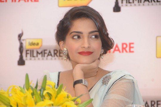 Sonam Kapoor was the chief guest at the 58th Idea Filmfare Awards 2012 press conference held in Bengaluru