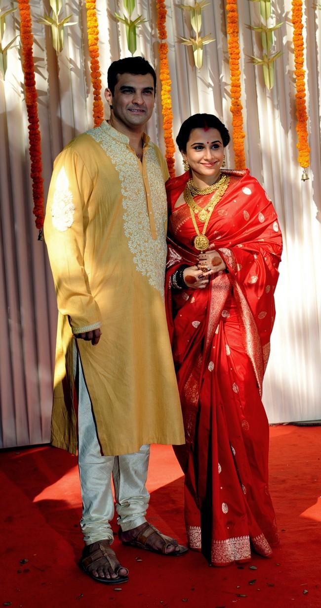 Vidya Balan and Siddharth Roy Kapur at their wedding ceremony in Bandra, Mumbai