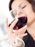 Sip on red wine to heal gums