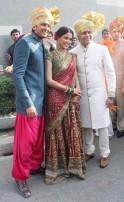 Riteish Deshmukh, Genelia D'Souza and Riteish's elder brother, Amit Deshmukh