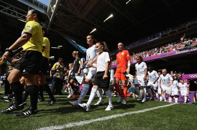 London Olympics kicked off