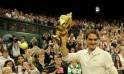 Switzerland's Roger Federer celebrates w