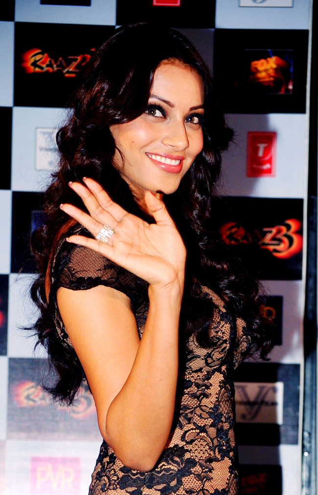 Bipasha Basu poses during the launch of the first trailer of her upcoming horror thriller Raaz 3, directed by Vikram Bhatt, in Mumbai, on 30th July.